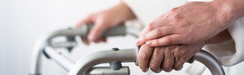 Desinfizierung und richtiges desinfizieren in der häuslichen Pflege ist wichtig